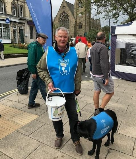 Volunteers collect for Guide Dogs in Ilkley