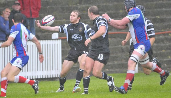 James Twomey almost got a last-gasp try for Otley that would have at least have earned them a draw