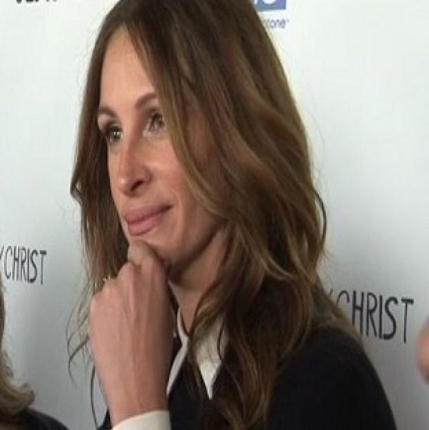 Julia Roberts liked the title of Jesus Henry Christ