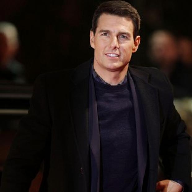 Tom Cruise is close to signing a deal for the Top Gun sequel