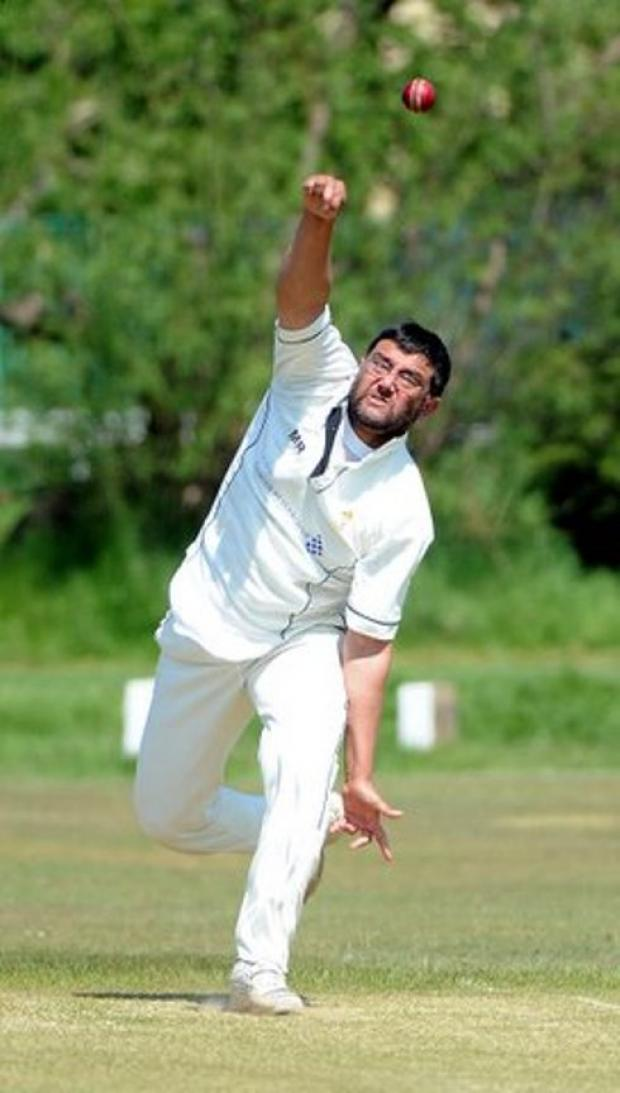 Mahmood Rasool took four wickets against Baildon