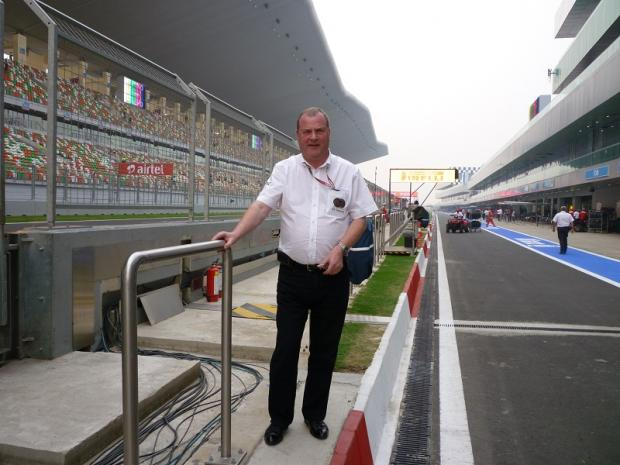 Steve Stringwell in the pit lane at Delhi