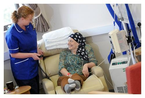 Patient Jacky Pickles with HODU nurse, Anita Fitzpatrick, in the refurbished Haemotology Oncology Day Unit