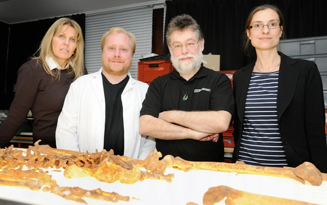Otley's Bob Woosnam-Savage (second right), the curator of European Edged Weapons at the Royal Armouries, and the rest of the Greyfriars research team with the remains of Richard III