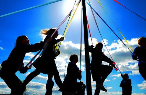 Otley children invited to maypole dancing