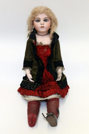 The rare Bru bisque character doll which sold for £9,000