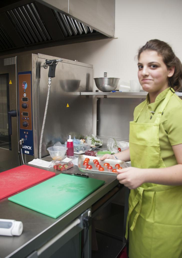 b3ac820ea7f8c4 Ilkley and Otley youngsters feel the heat in junior chefs  cook-off ...