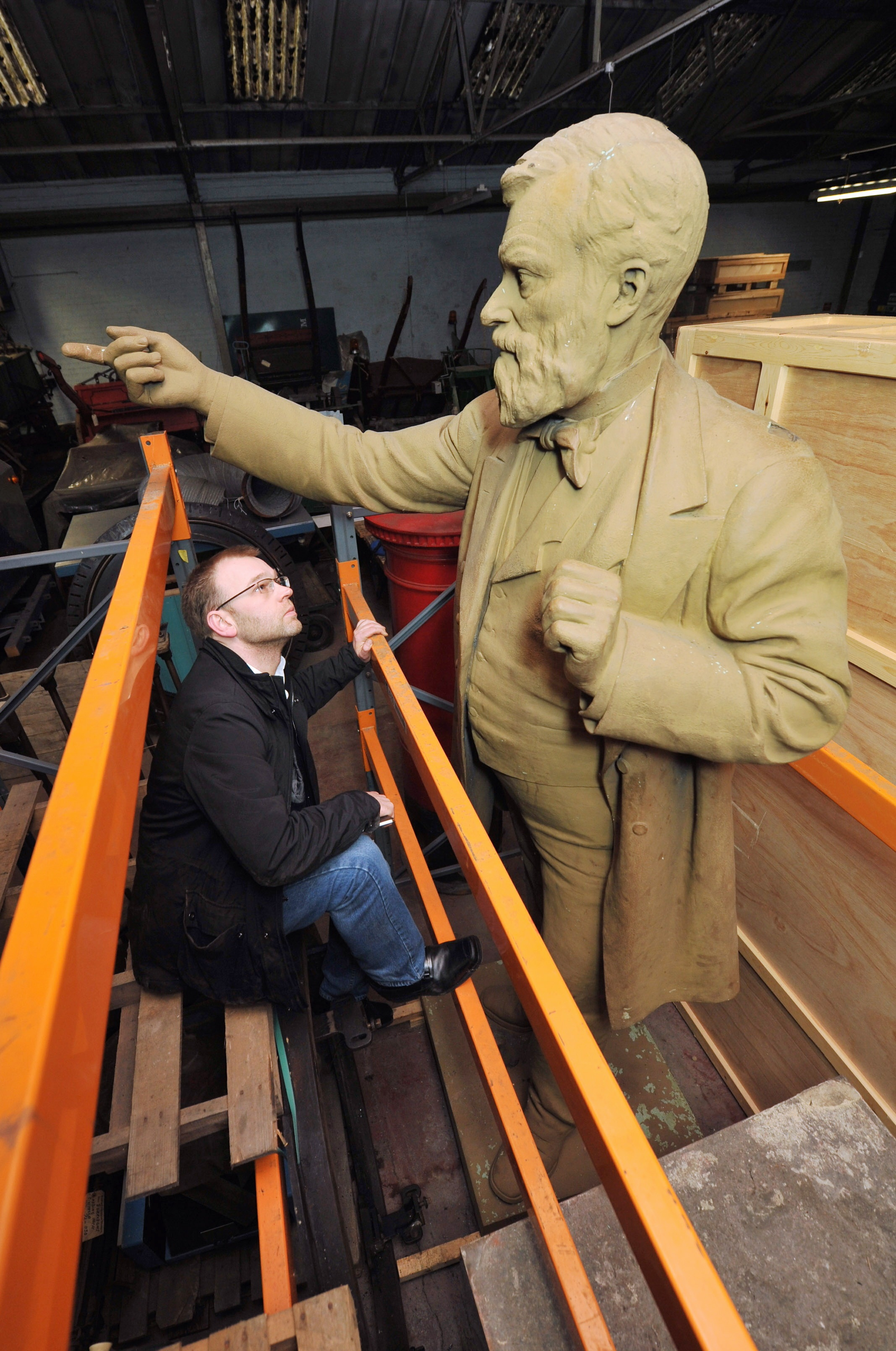 Statue of education pioneer William Forster to be restored