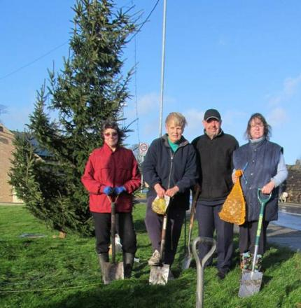 In Bloom volunteers getting stuck in, from left, are Helen Ankin, Alan Moore, Denise Watson and Coun Jackie Shemilt