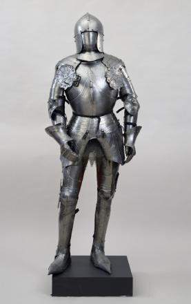 Yeadon Amateur Operatic Society are looking for a suit of armour similar to this one