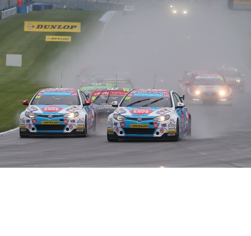 Sam Tordoff and Jason Plato battle for the lead