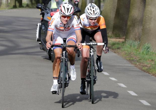 Lizzie Armitstead us favourite to retain her title