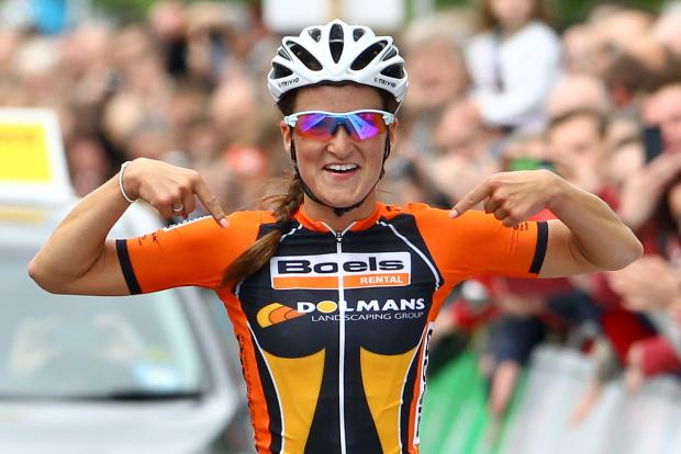 Otley's Lizzie Armitstead clinches women's World Cup with one race to go