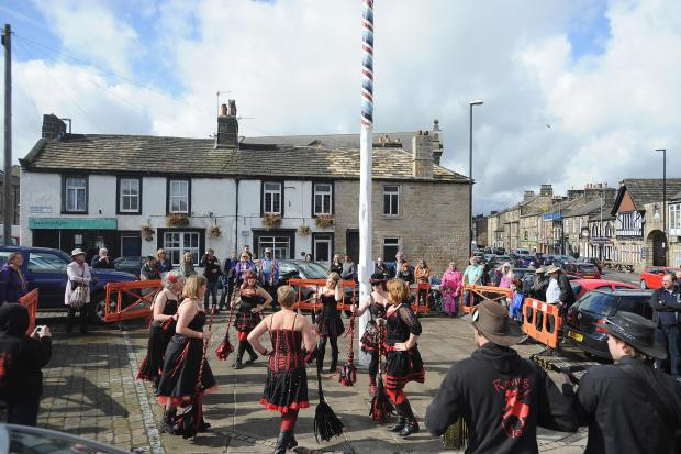 Otley Folk Festival: The Raving Maes perform by the maypole in Otley. Photo: Lucy Ray (9264419)