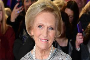 Mary Berry gets her gardening gloves on for the Chelsea Flower Show