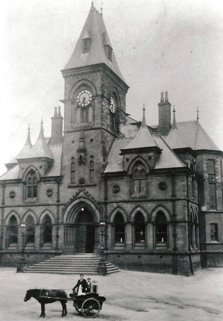 Yeadon Town Hall 1905. Aireborough Historical Society.